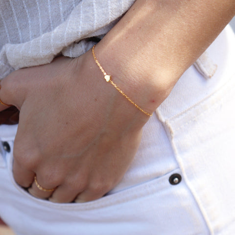 PLAIN LOVE HEART GOLD BRACELET