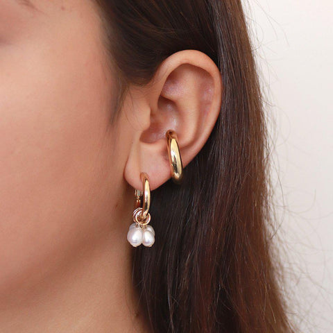 RAVEN GOLD PEARLS EARRINGS