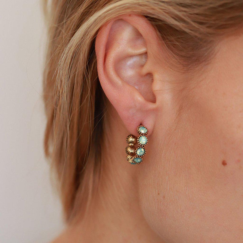 RISA SINGLE MINT CRYSTAL HOOP EARRINGS