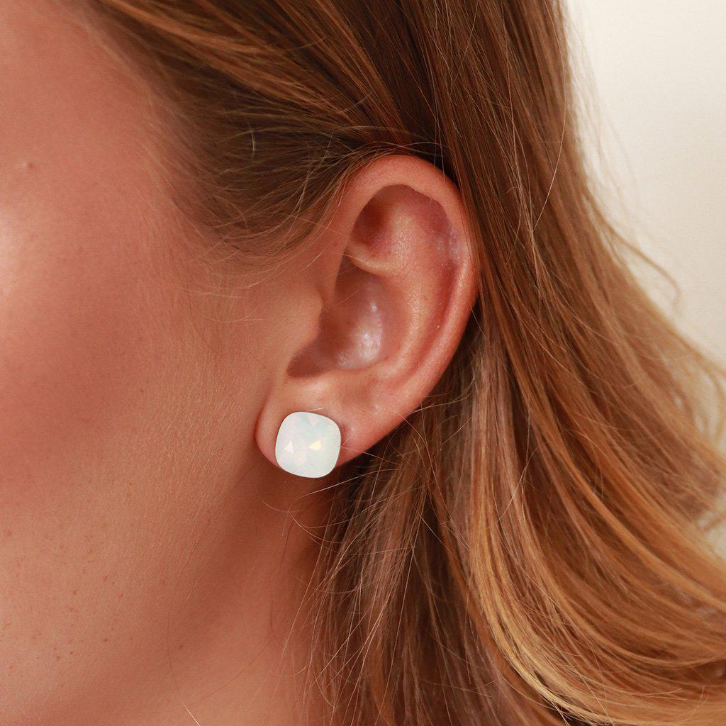 SQUARE WHITE CRYSTAL STUD EARRINGS