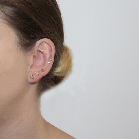 STAR GOLD HOLLOW STUDS