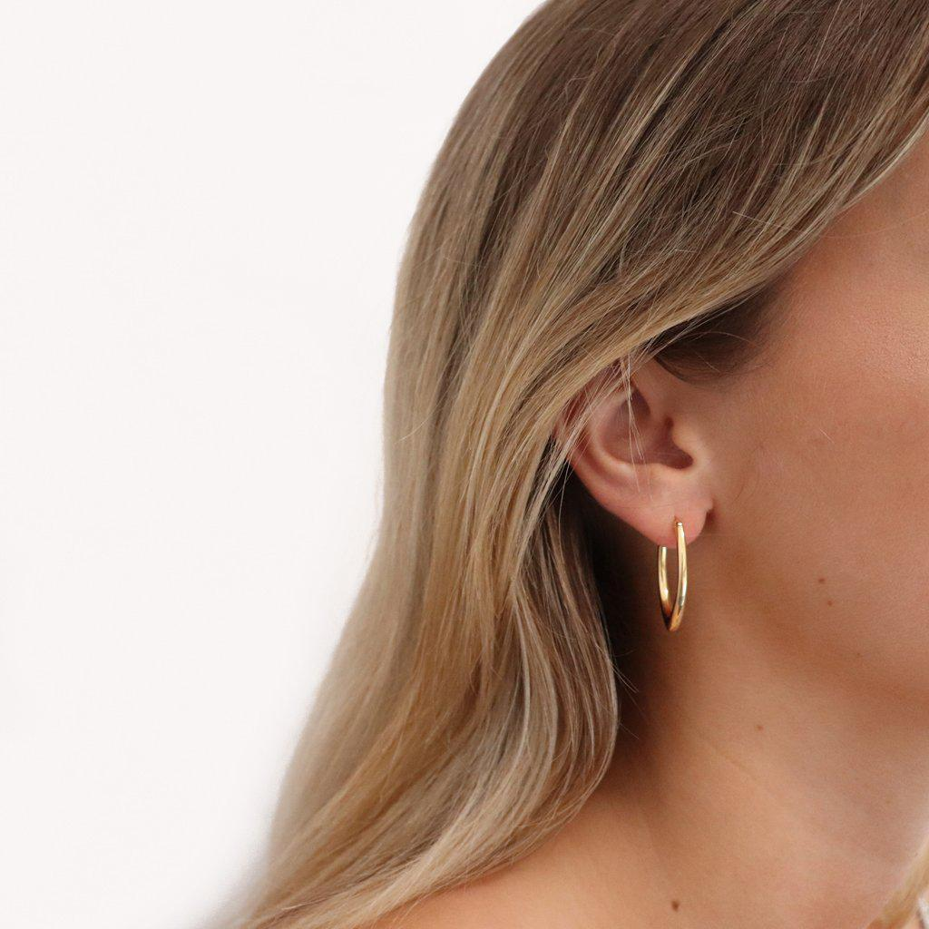 VALISIA OVAL HOOP EARRINGS