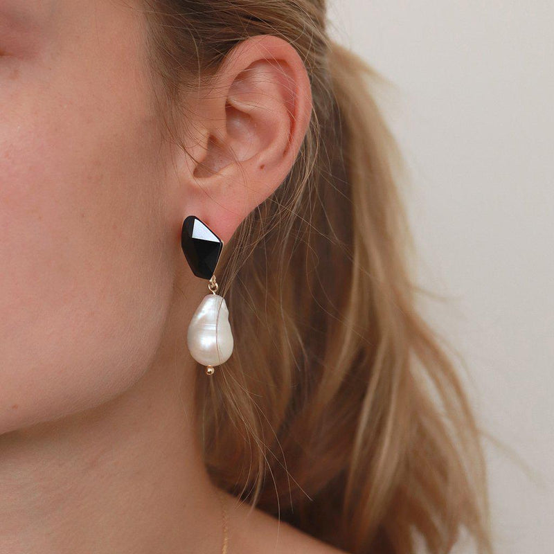 VONDA FRESHWATER PEARL AND BLACK CRYSTAL EARRINGS