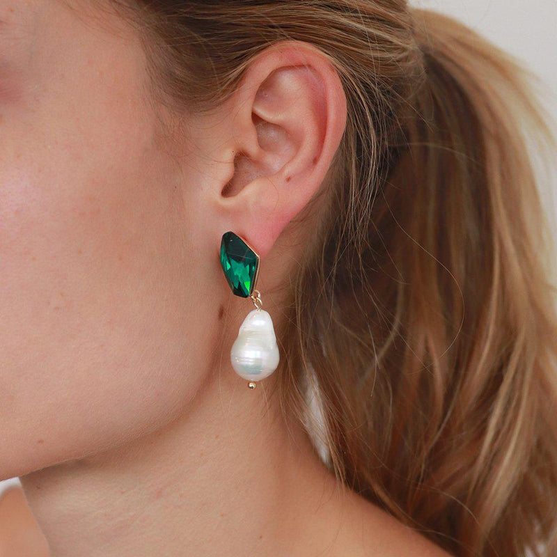 VONDA GREEN CRYSTAL AND FRESH WATER PEARL EARRINGS