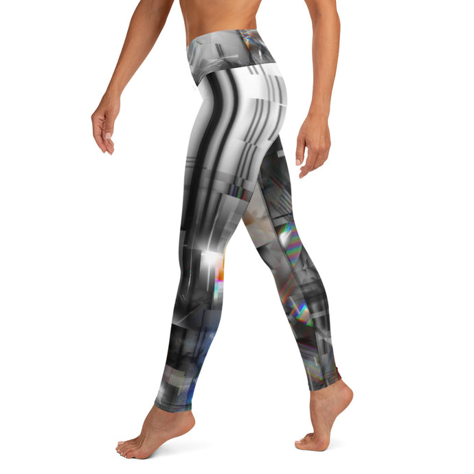 Scratching a Glitch Yoga Leggings