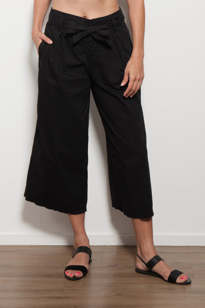 Arisa Cropped Wide Leg Pant
