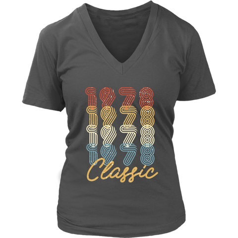 Women's 40th Birthday Gift Vintage 1978 Retro Classic V-Neck T-Shirt
