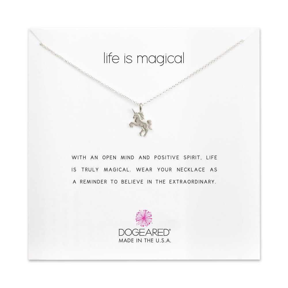 "Collar ""Life is Magical"""