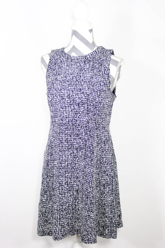 Ann Taylor Loft Size 4 Navy Sleevless Dress
