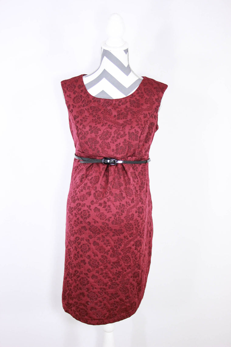 Maternity collection up to 90 off retail josiesfriends motherhood size small belted maternity dress ombrellifo Images