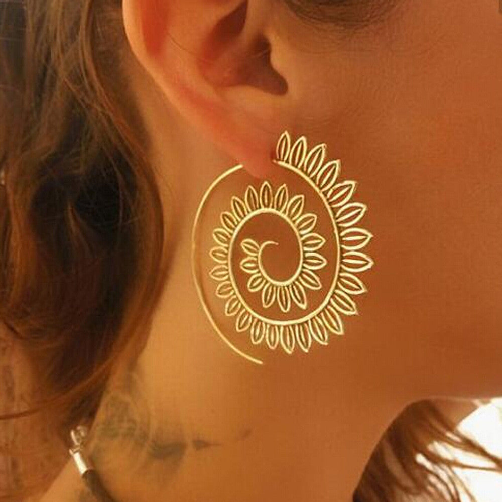 Fun And Flirty Spiral Hoop Earrings The Hip Retailer The Hip