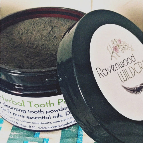 Dark & Wild Tooth Powder