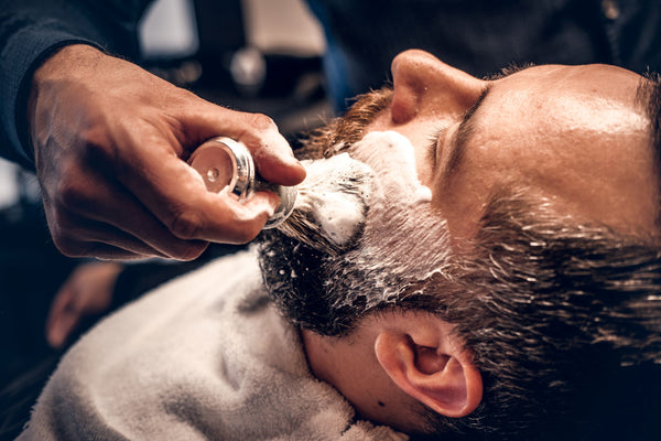 The Right Shaving Products Nourish Your Skin to Minimize Aging