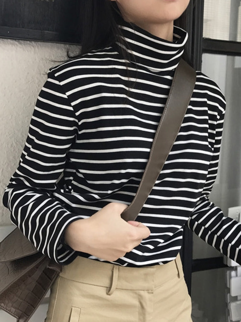 Striped Loose Turtleneck Top-Blouses & Shirts-[korean fashion]-[korean clothing]-[korean style]-SOO・JIN