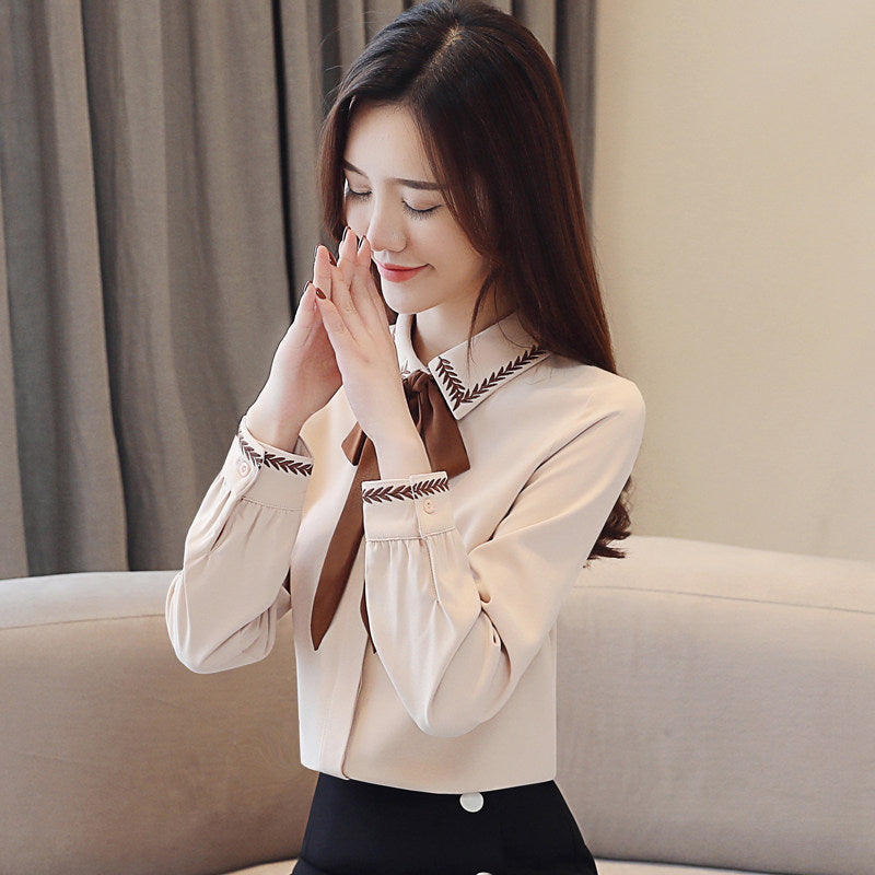 Lace Collar and Sleeve Thick Shirt
