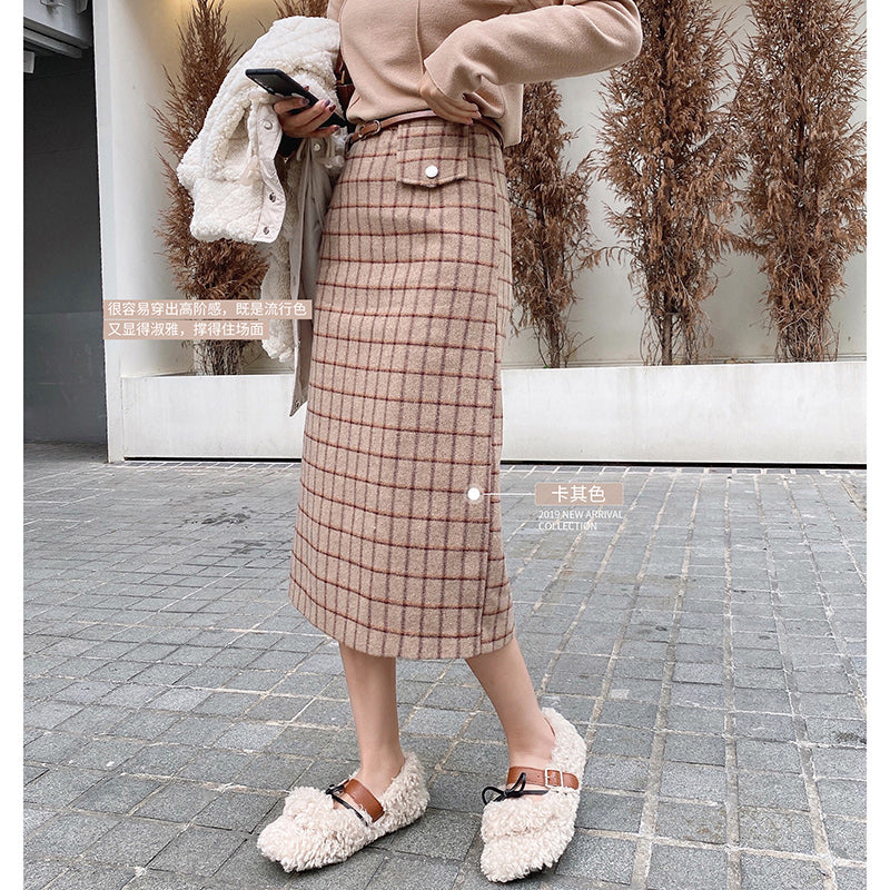 A12A  Mystery Show Plaid Midi Skirt