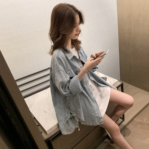 Loose Jeans Type Blue Shirt