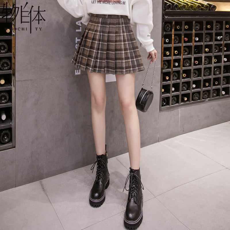 New Outer Wear Plaid Pleated Skirt