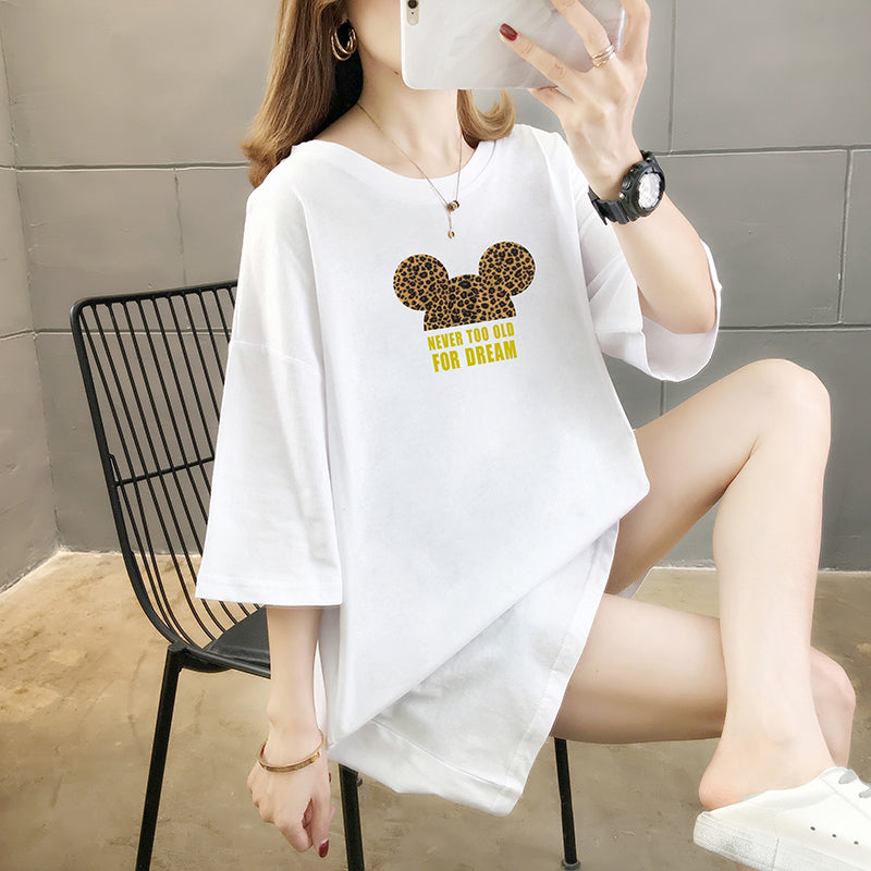A35V Loose Mid-Length Dream Printing T-Shirt