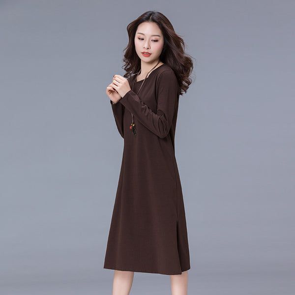 Slim-Look Minimalist Dress