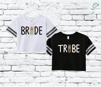 Bride Tribe Pineapple Tees Women's Varsity Cropped Tee Crop Top T-shirt Bachlorette Party Shirts Bridal Party Bridesmaids Gifts Hawaii