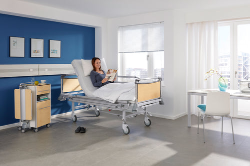 Deka 2 section hydraulic care bed