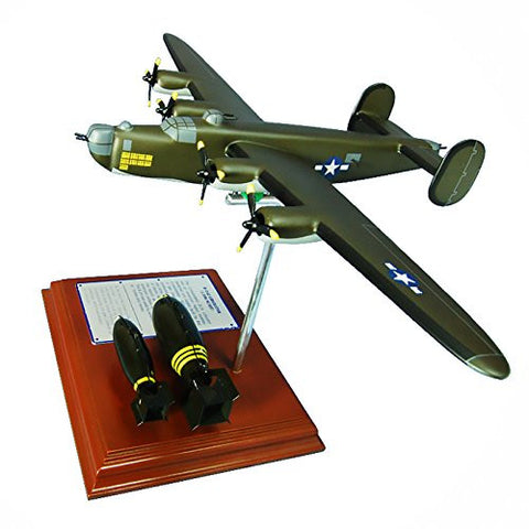 Mastercraft Collection Planes and Weapons Series Boeing B-24J Liberator Model Scale:1/105