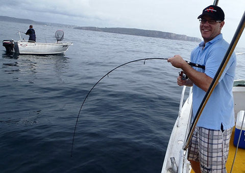 Catching Kingfish using light tackle and microjigging