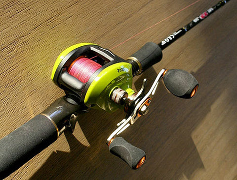 The top mounted reel is comfortable and strong