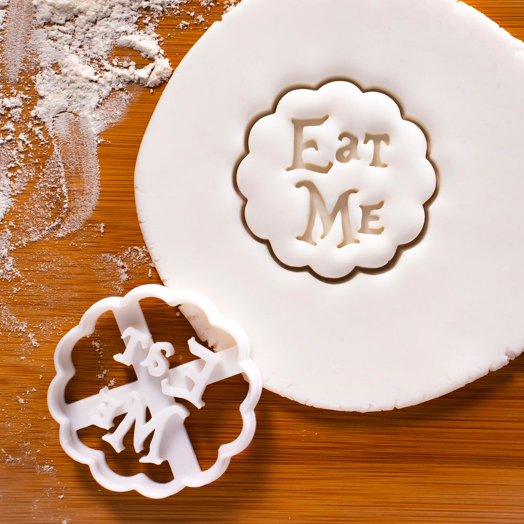 Eat Me cookie cutter - Bakerlogy