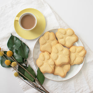 large realistic dog paw cookies