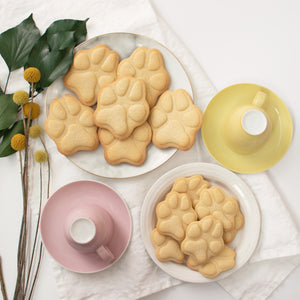 set of 2 realistic dog paw cookies