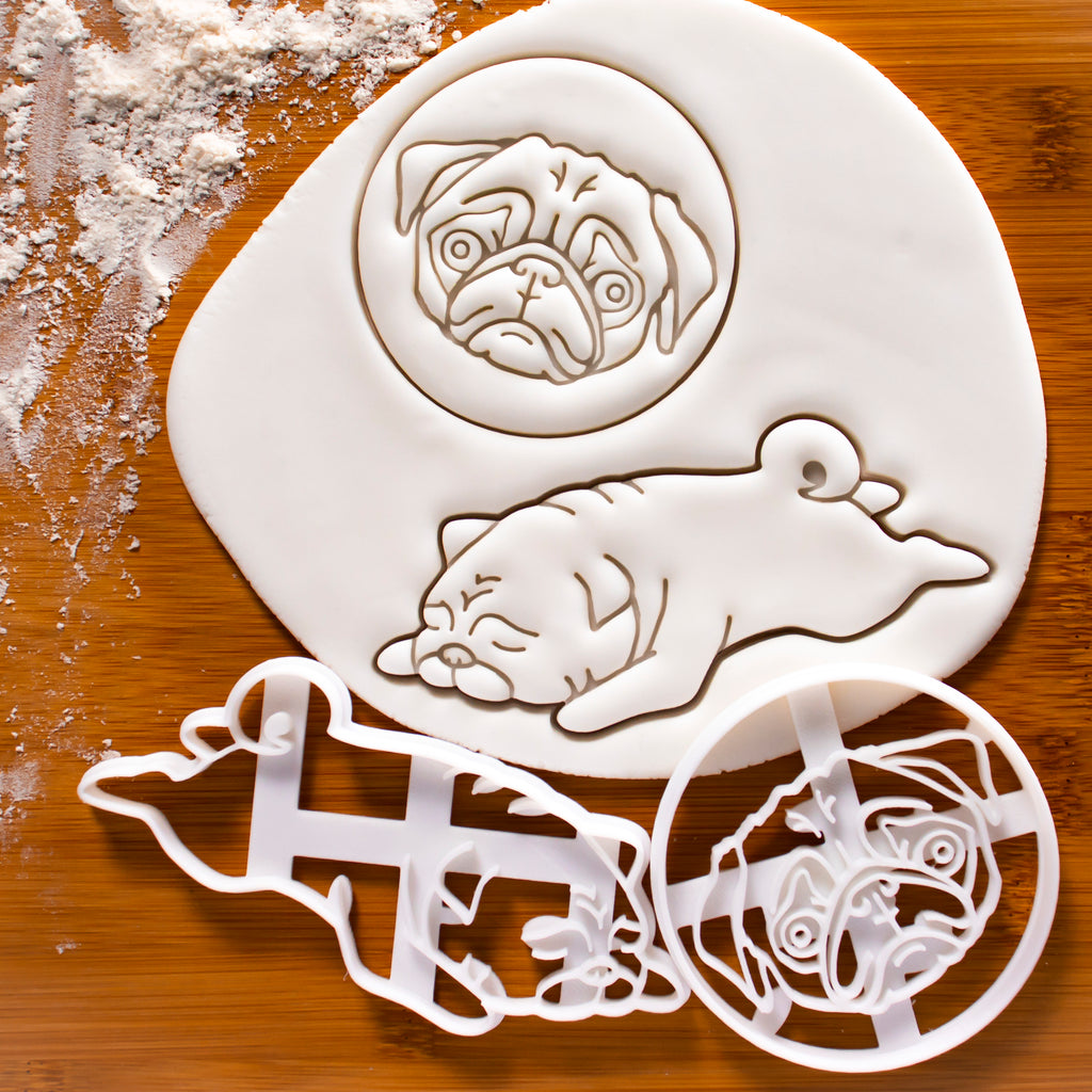 Set of 2 Pug cookie cutters: Pug's Face and Sleeping Pug