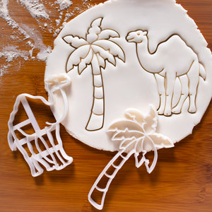set of 2 cookie cutters: Camel and Palm Tree