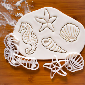 Set of 4 cookie cutters: Corkscrew, Seashell, Seahorse & Starfish