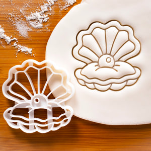 Pearl Oyster cookie cutter
