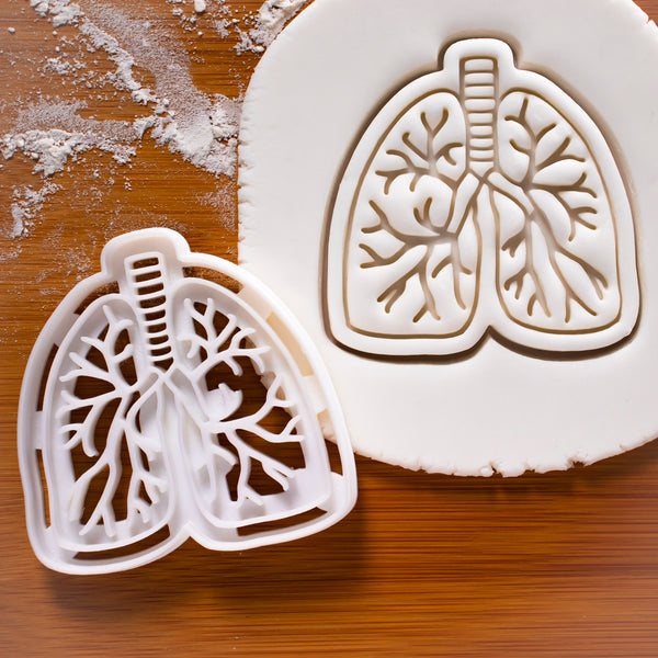 Lungs cookie cutter