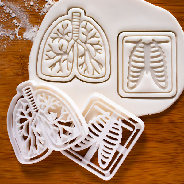 Set of 2 cookie cutters: Lungs & Chest X-ray