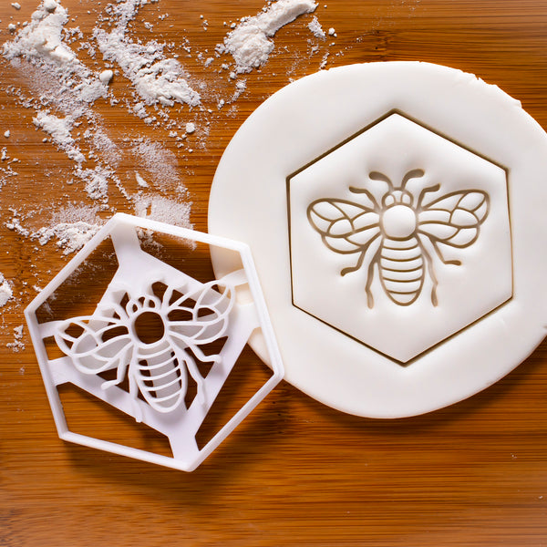 Realistic Honey Bee cookie cutter