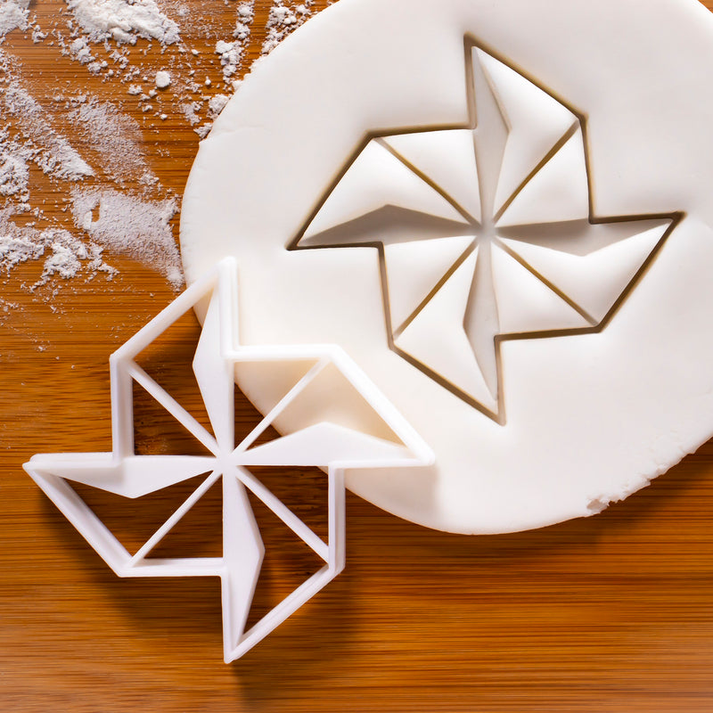 pinwheel moulin cookie cutter