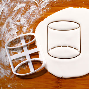 3D geometric cylinder cookie cutter pressed on fondant