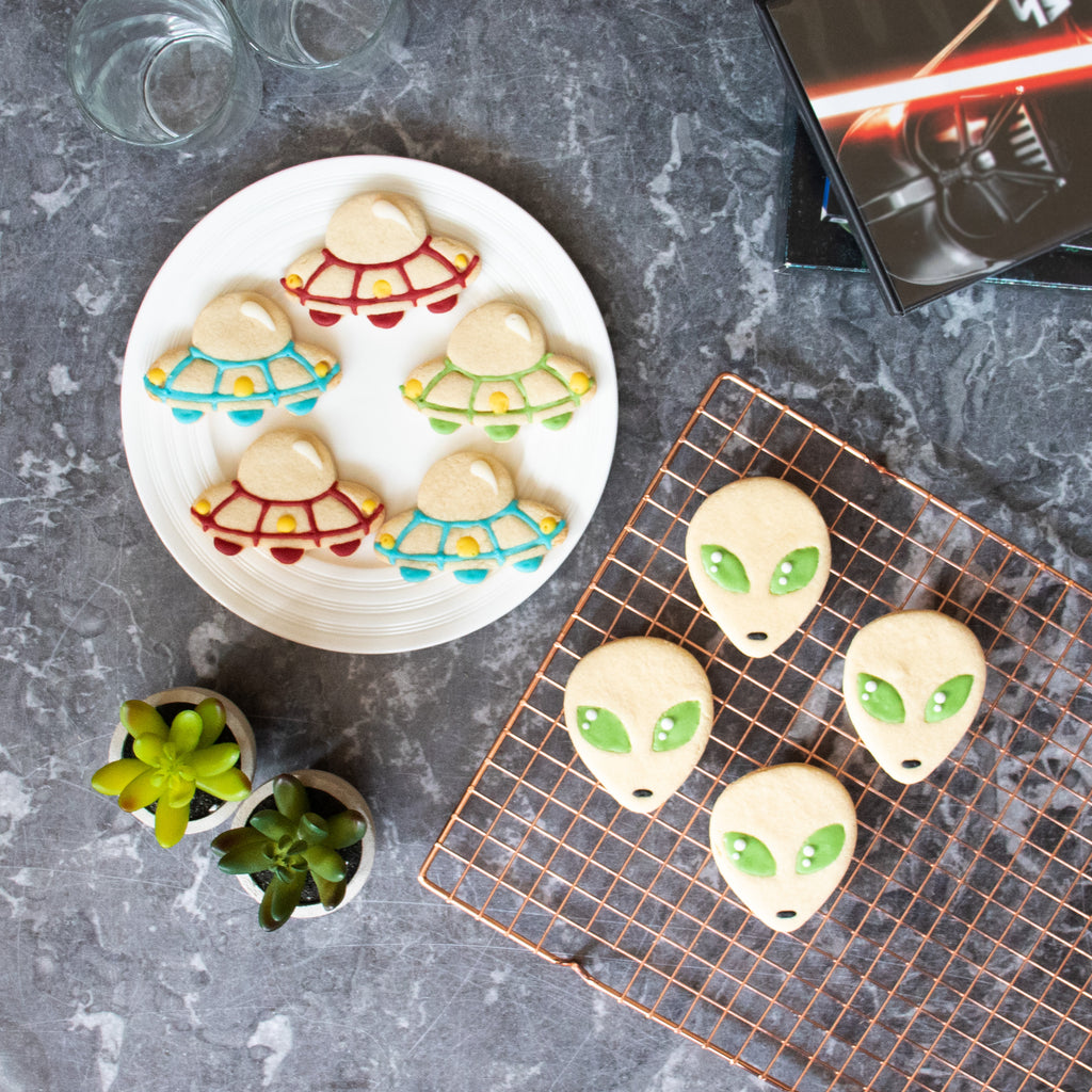ufo alien halloween cookies