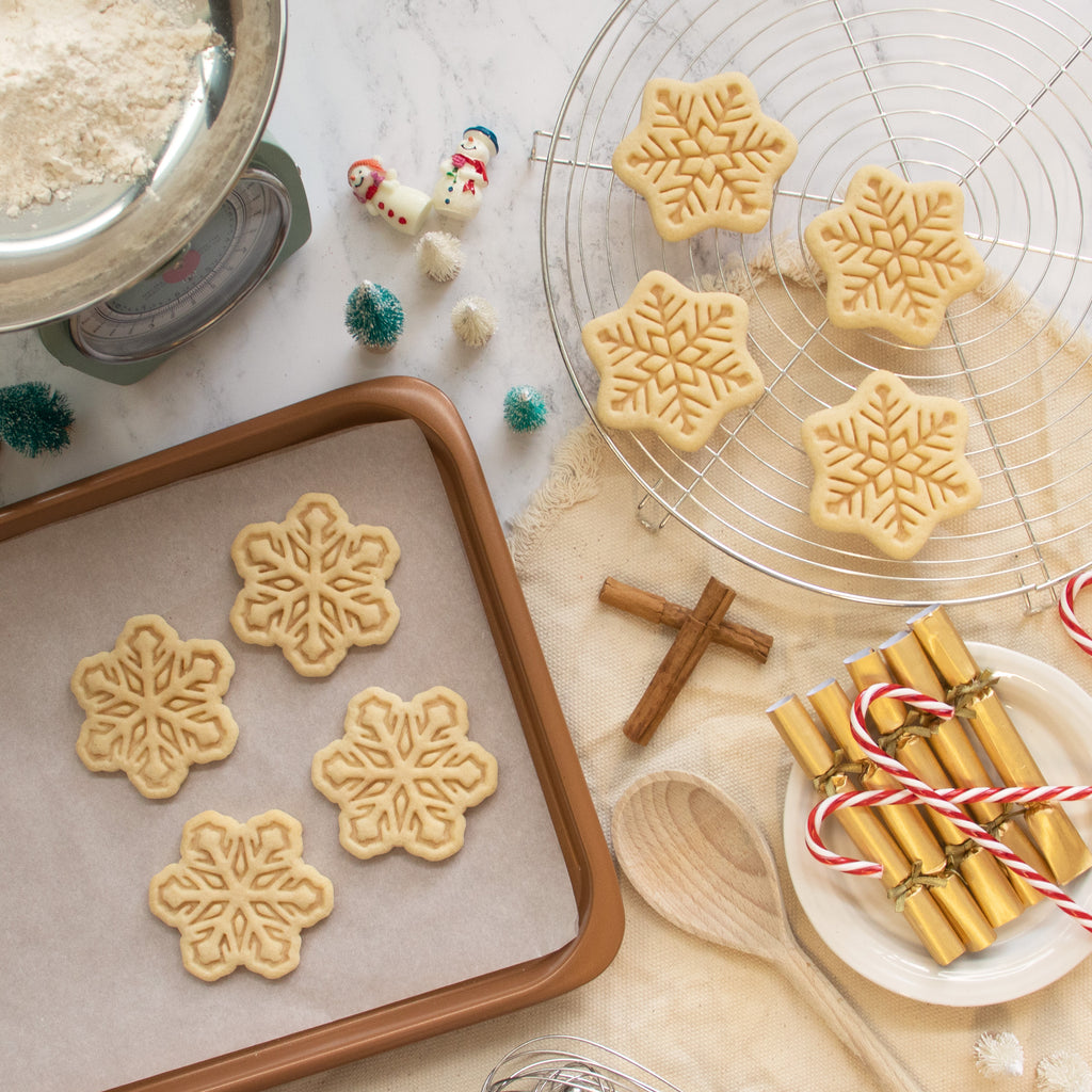 set of 2 snowflake cookies