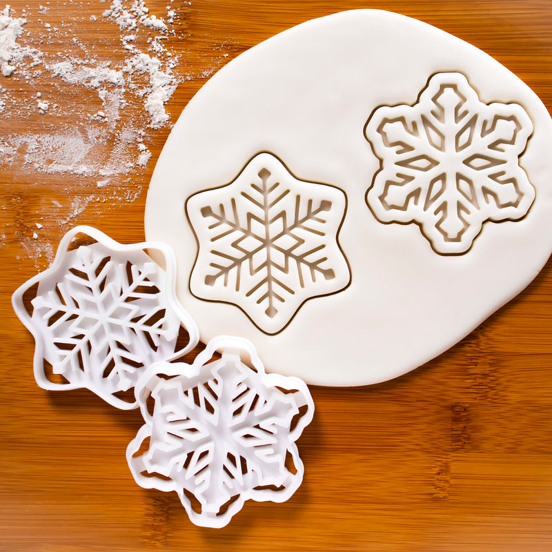 set of 2 snowflake cookie cutters