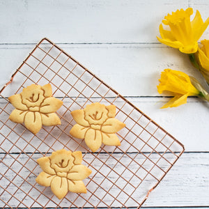 daffodil flower cookies