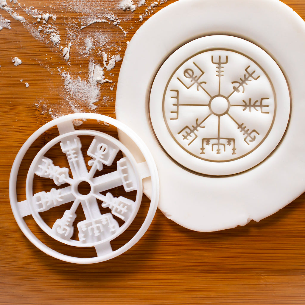 Runic Compass Cookie Cutter (Vegvisir)