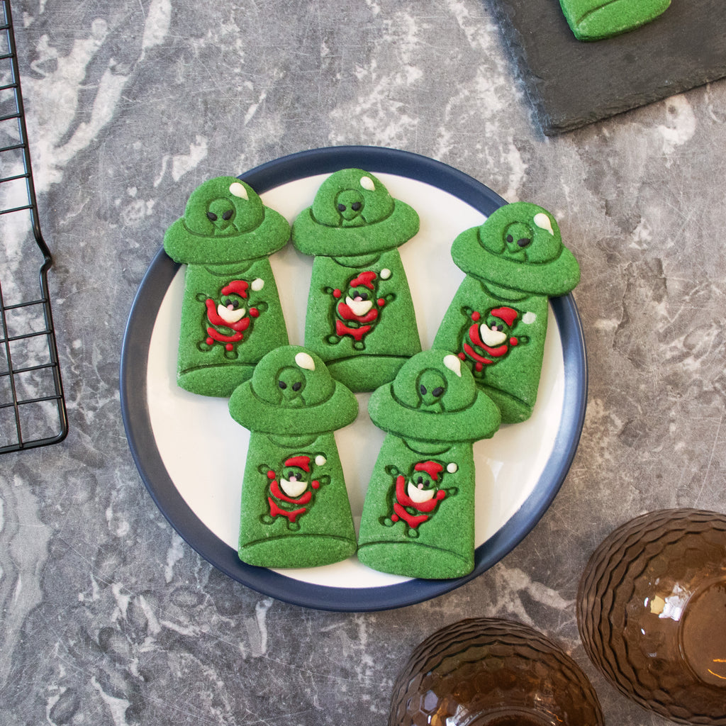 ufo abduct santa claus christmas cookies