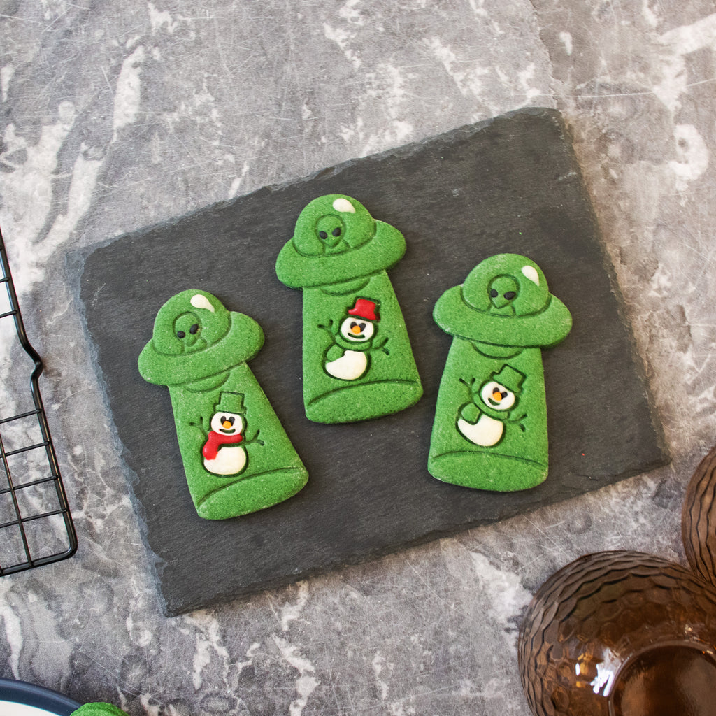 alien ufo abduct christmas snowman cookies