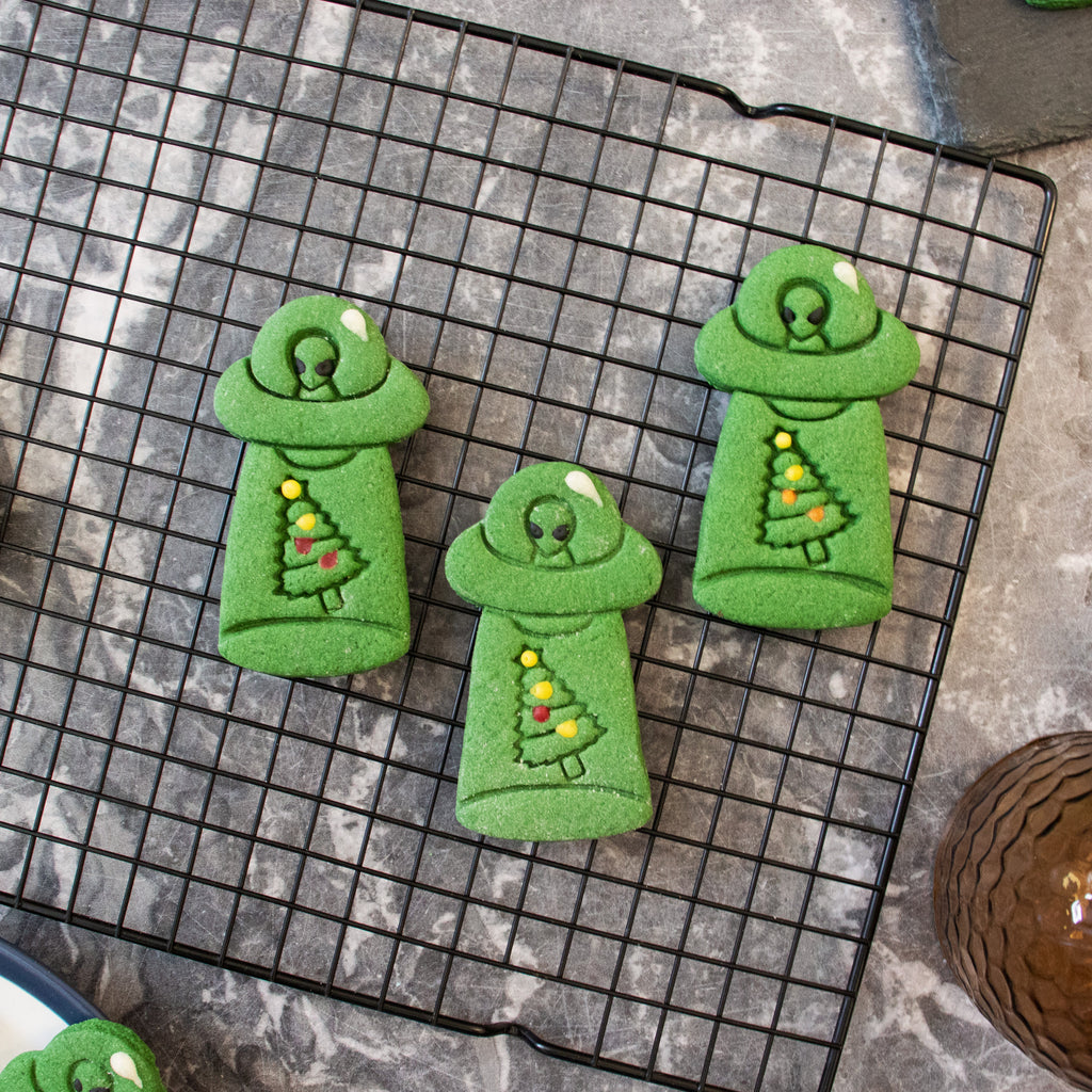 alien ufo abduct christmas tree cookies