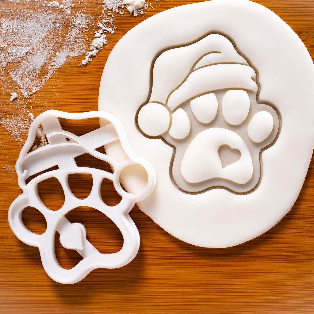 Cute Santa Claus Paw Cookie Cutter